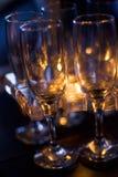 De glazen van de wijn op lange termijn Stock Foto's