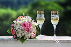De glazen van het huwelijk Stock Foto