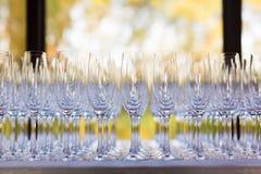 De glazen van huwelijkschampagne Stock Foto