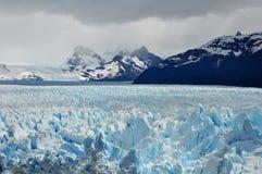 De gletsjer van de berg Stock Foto's