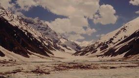De gletsjer van de berg stock video