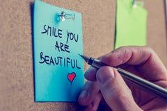 De glimlach u is mooi Royalty-vrije Stock Afbeeldingen