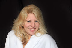 De Glimlachende Vrouw van de ochtend Royalty-vrije Stock Foto's