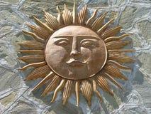 De God van de zon tegen Steen Royalty-vrije Stock Afbeelding