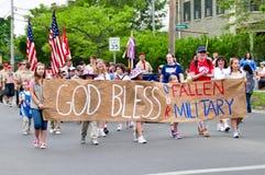 De god zegent ons Gevallen Militair Stock Foto