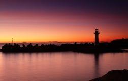 De Golfbrekervuurtoren van zonsopgangwollongong Stock Fotografie