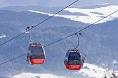 De gondel van de ski in Poolse berg. Royalty-vrije Stock Foto
