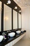 De gootstenen van het toilet royalty-vrije stock foto's