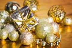 De gouden achtergrond van Kerstmis Royalty-vrije Stock Afbeeldingen