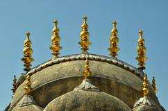 De gouden architectuur met koepel Royalty-vrije Stock Afbeeldingen