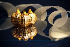 De gouden ballen van Kerstmis Royalty-vrije Stock Foto