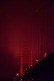 De gouden brug van de Poort bij nacht Stock Foto's