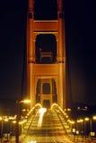 De gouden Brug van de Poort bij Nacht Stock Afbeeldingen