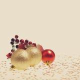 De gouden en rode Ballen van Kerstmis Royalty-vrije Stock Foto