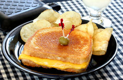 De gouden Geroosterde Sandwich van de Kaas Stock Afbeeldingen