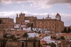 Ommuurde stad van Cacaers Spanje Stock Afbeelding