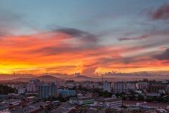 De gouden hemel met de gouden wolk Royalty-vrije Stock Foto