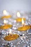 De gouden kaarsen van Kerstmis royalty-vrije stock foto's