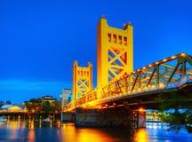De gouden ophaalbrug van Poorten in Sacramento royalty-vrije stock afbeelding