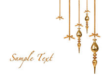 De gouden Ornamenten die van Kerstmis prachtig hangen Royalty-vrije Stock Foto's