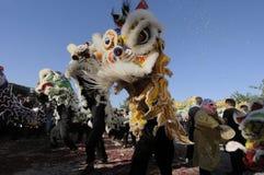 De gouden Parade van de Draak Stock Foto's