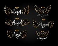 De gouden vleugels van de Krabbel vliegende engel met halo Schets engelachtige vleugels Vrijheid en godsdienstig tatoegeringsontw stock foto