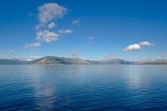 De Gourock regardant plus d'à la rivière sainte Clyde Scotland de loch images libres de droits