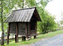 De graanvoederbak, zet Zlatibor, Servië op royalty-vrije stock fotografie