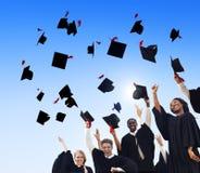 De Graduatiestudent Success Learning Concep van het vieringsonderwijs stock afbeelding