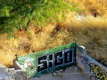 De graffiti van de straatkunst in een abbandonadeplaats in Granada royalty-vrije stock afbeelding