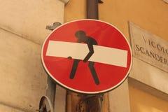 De Graffitiverkeersteken van Rome Stock Afbeeldingen
