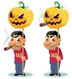 De grappige mens met sigaar houdt de Halloween-pompoen op de pool royalty-vrije illustratie