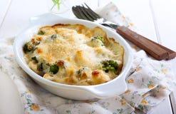 De gratin van de bloemkool en van broccoli Stock Foto's