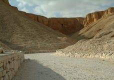 De Graven in de vallei van de koningen zonder mensen, Thebes, Unesco-de Plaats van de Werelderfenis, Egypte royalty-vrije stock foto