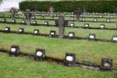De graven van leden van St Joseph Congregation op de begraafplaats in Ursberg, Duitsland royalty-vrije stock fotografie