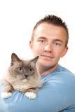 De greep van de mens zijn mooie kat Ragdoll Royalty-vrije Stock Fotografie