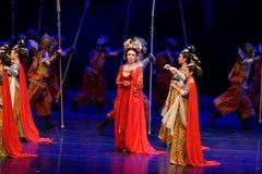De grens douane-vier handeling ` belemmerde inklaring ` - Epische de Zijdeprinses ` van het dansdrama ` royalty-vrije stock foto's