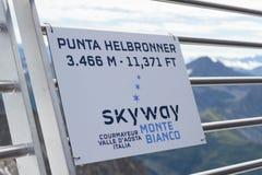 De grens van de Alpen, Frankrijk Italië, 29 Juli 2017 - onderteken op Onderstel Bla Royalty-vrije Stock Foto's