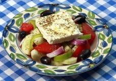 De Griekse salade van Horiatiki Stock Fotografie