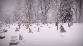 De griezelige Begraafplaats van Voertuig zet Camera op stock video