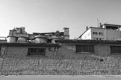 De griezelige Oude industriële bouw Stock Afbeelding