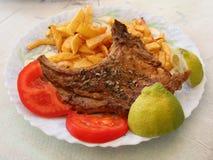 De grill van het vlees op de plaat royalty-vrije stock foto