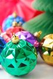 De groene bol van Kerstmis Royalty-vrije Stock Fotografie