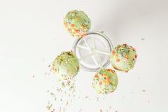 De groene cake knalt Stock Foto's