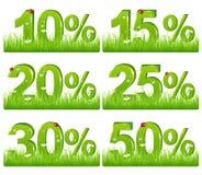De groene Cijfers van de Korting in Gras. Vector vector illustratie