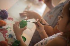 De groene kleur is een teken voor de lente en voor de aankomst van de Pasen royalty-vrije stock foto's
