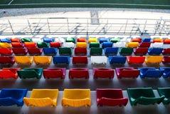 De groene zetels van het stadion Stock Fotografie