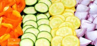 De groenten van de besnoeiing voor een gezonde maaltijd Royalty-vrije Stock Foto's