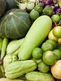 De groenten verstrekken voedingsmiddelen. stock foto