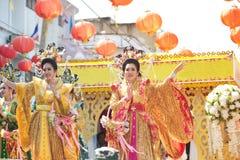 De groep Mooie vrouwenengel toont op parade in Chinees Nieuwjaar Stock Afbeelding